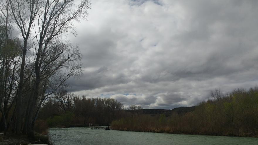 El río Cinca, en su tramo bajo.
