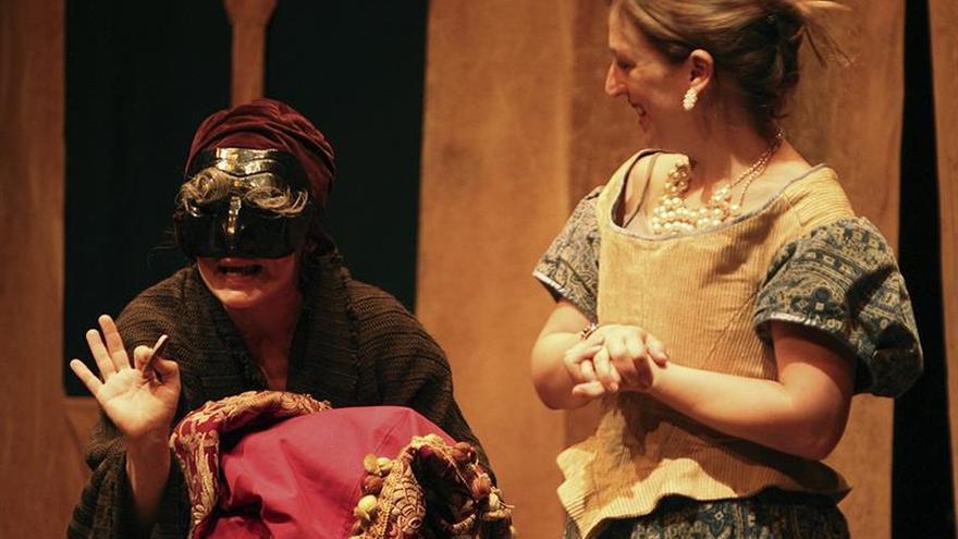Iurissevich, con 'El viejo celoso', acerca a Cervantes a la comedia del arte