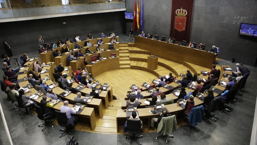 El Parlamento de Navarra da trámite a la ley de Símbolos presentada por Navarra Suma al recibir el apoyo del PSN
