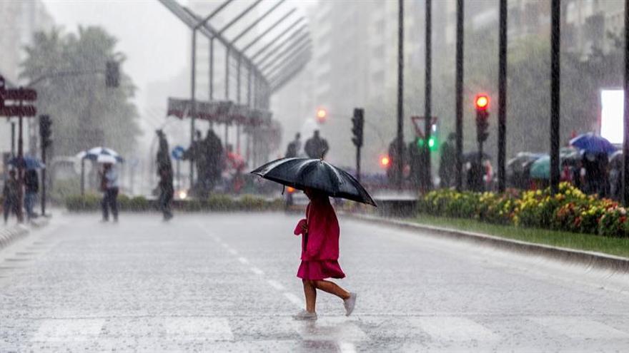 Fuertes lluvias, protagonistas de otro fin de semana marcado por la gota fría