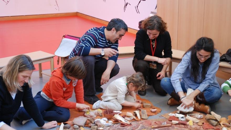 La UC se suma al Geolodía con una actividad en el Museo de Altamira