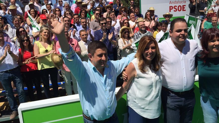 Paco Reyes con Susana Díaz en un acto electoral en Jaén.