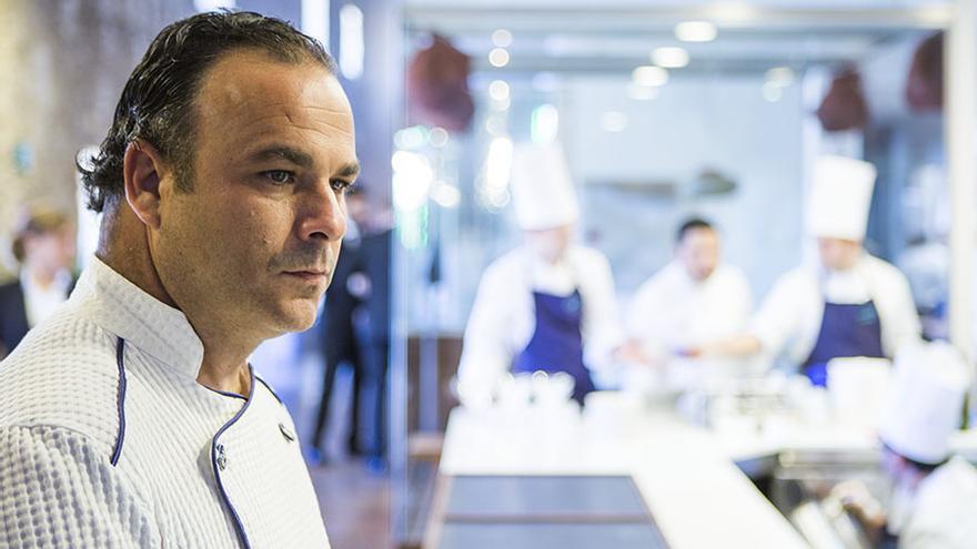El chef Ángel León