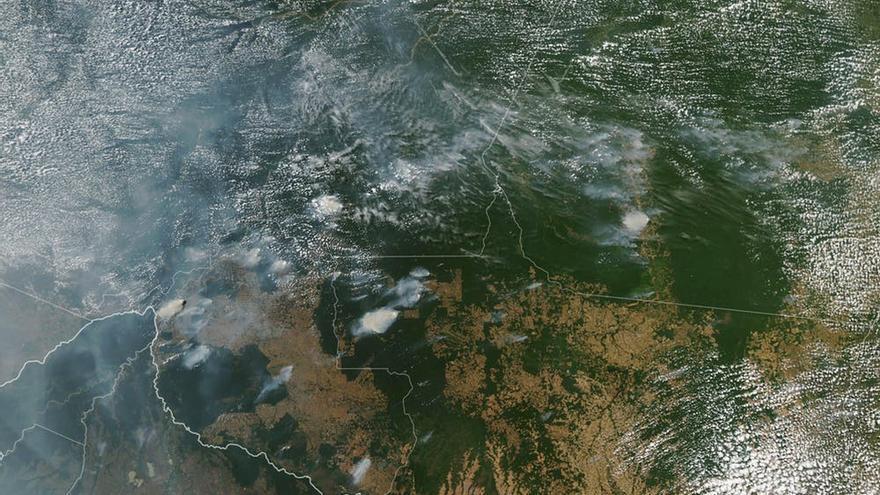Imagen de satélite que muestra varios incendios en los estados brasileños de Rondônia, Amazonas, Pará y Mato Grosso (11 y 13 de agosto de 2019).