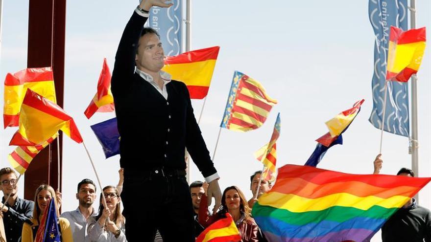 Rivera no tiene rivales y su candidata gana el pulso en Castilla y León