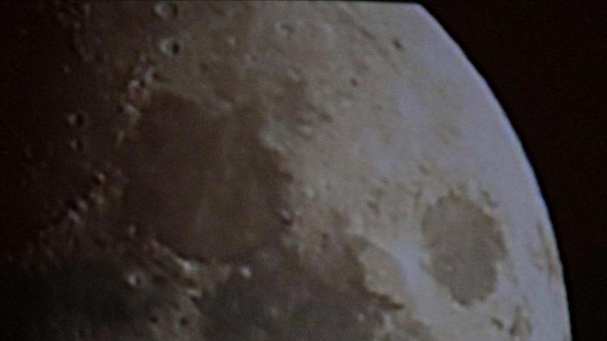 """El Planetario organiza una """"cita"""" con la Luna y Júpiter"""