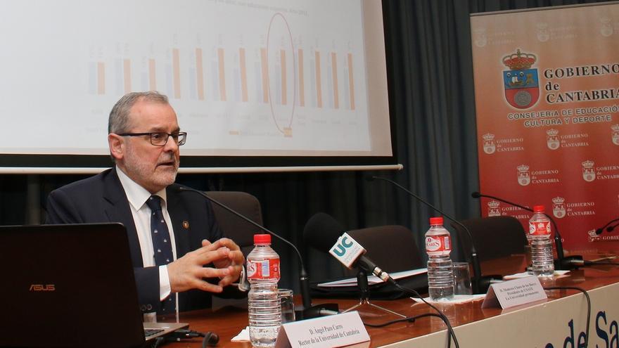 """Rector de Universidad de Cantabria dice que sería """"implacable"""" contra quien hiciese algo """"fuera de la legalidad"""""""