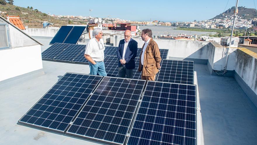 Agotados los 200.000 euros previstos por el Cabildo para placas solares en hogares de Gran Canaria