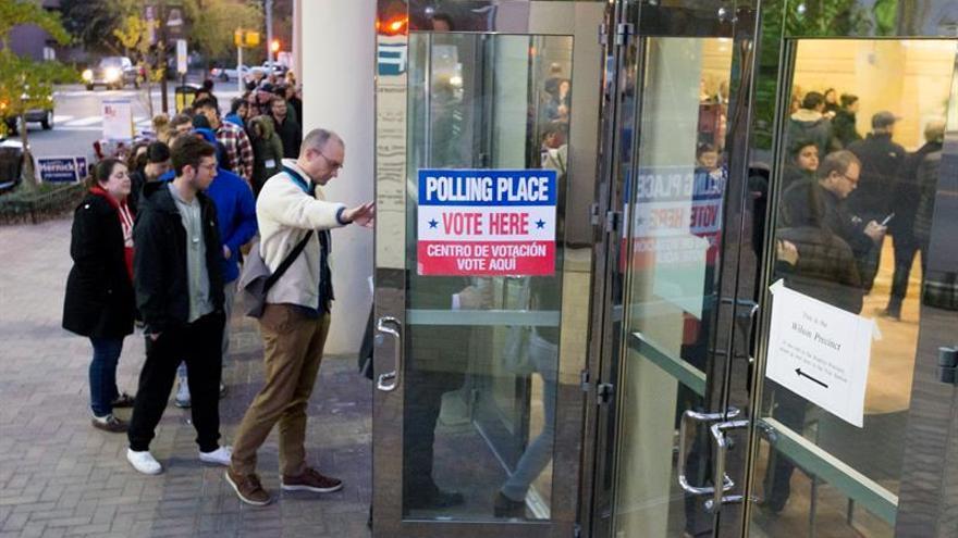 Clinton gana por la mínima el estado clave de Virginia