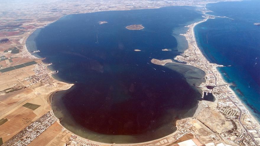Playas interiores de La Manga podrían retroceder hasta 5 metros en 2050, según un estudio del IH