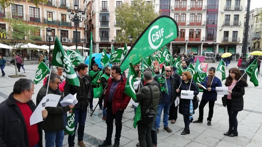 Concentración frente a la Delegación del Gobierno en Castilla-La Mancha
