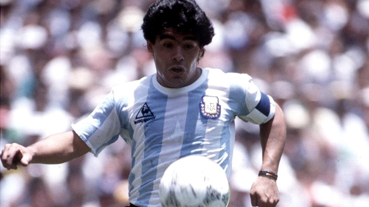 Maradona y la camiseta del Mundial 86