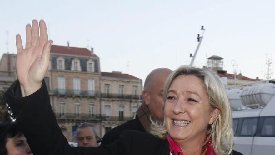 Marine Le Pen no apoyaría en Francia una ley del aborto como la de España