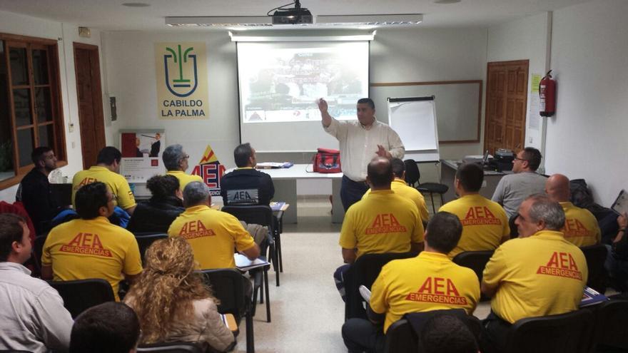 El curso ha contado con la asistencia de 40 personas y ha sido impartido por especialista en Protección Civil y Gestión de Emergencias, Carmelo Álamo.