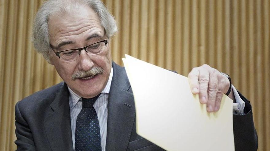 """Moltó dice ir con la """"cabeza muy alta"""" porque nadie """"se llevó un euro"""" de Caja Castilla La Mancha"""