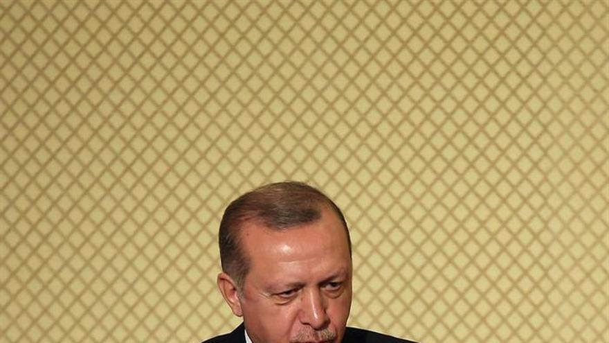 """El presidente de Turquía califica de """"terrorista"""" al de Siria"""