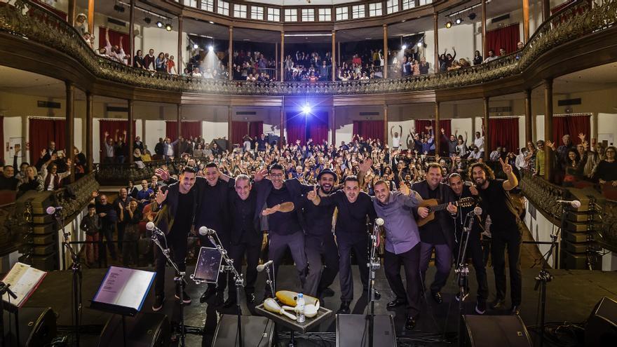 Imagen de archivo del concierto de Troveros de Asieta en elT eatro Circo de Marte de Santa Cruz de La Palma el 29 de diciembre de 2016..
