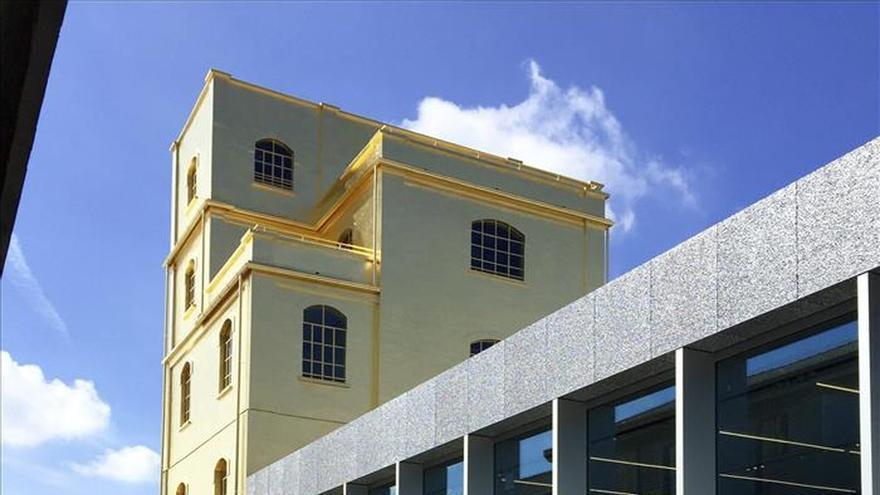 Prada se viste de Rem Koolhaas en su nueva Fundación en Milán (Italia)