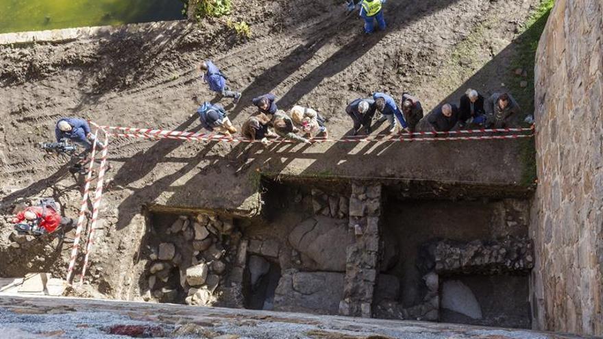 """Excavaciones en Ávila descubren """"la muralla de la repoblación"""" del siglo XI"""