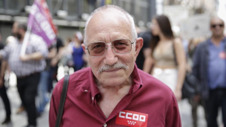 Luis Miguel Merino, 64 años, prejubilado en la Marcha del Primero de Mayo en Madrid.