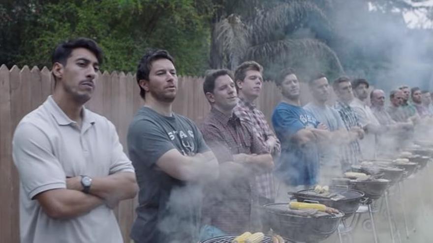 Fotograma del anuncio de Gillette