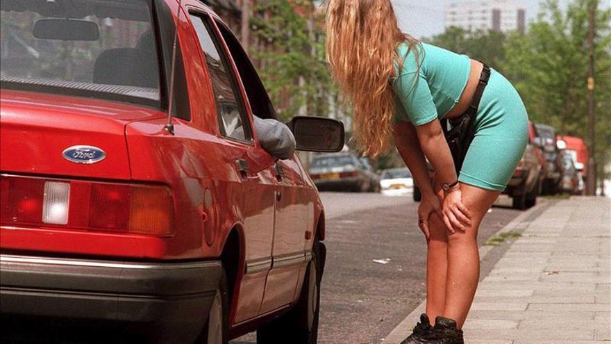 Once prostitutas consiguen inscribir una cooperativa de servicios sexuales. EFE