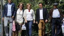 Elena Valenciano, junto a Eduardo Madina en los actos electorales de este miércoles / EFE