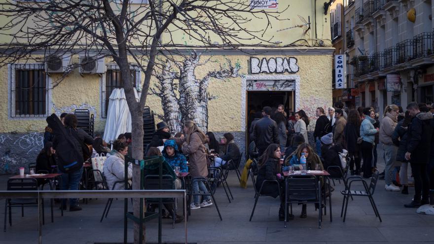 Muchos quisieron despedirse del restaurante senegalés Baobab y durante todo el fin de semana hubo largas colas para comer