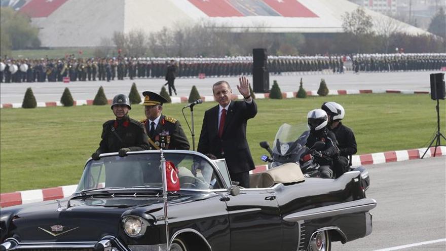 Erdogan anula una recepción en su polémico palacio por el accidente minero