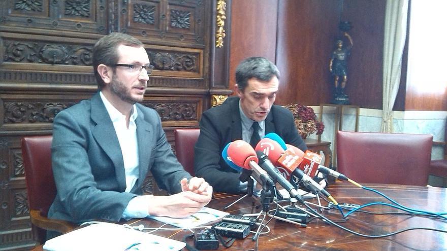 """El alcalde de Vitoria dice que las víctimas de ETA """"no son como las demás"""""""