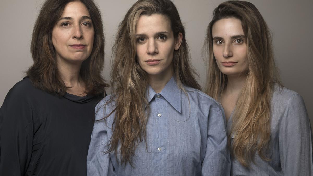 Andrea Garrote, Violeta Urtizberea y Tamara Tenenbaum.