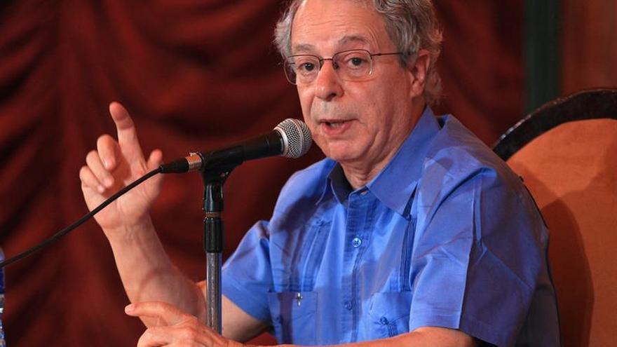 """Una biografía desnuda a Frei Betto, el fraile que """"confesó"""" a Fidel Castro"""