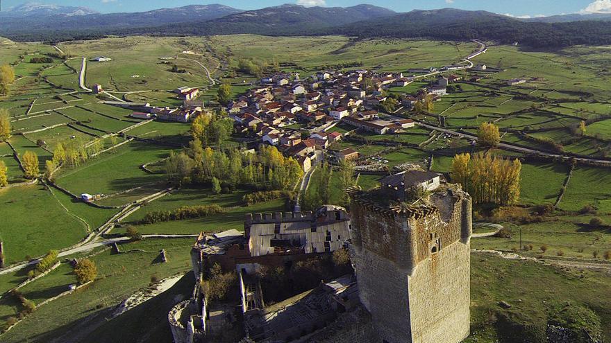 Castillo de Galve de Sorbe a vista de dron. Foto por Carlos Calvo.
