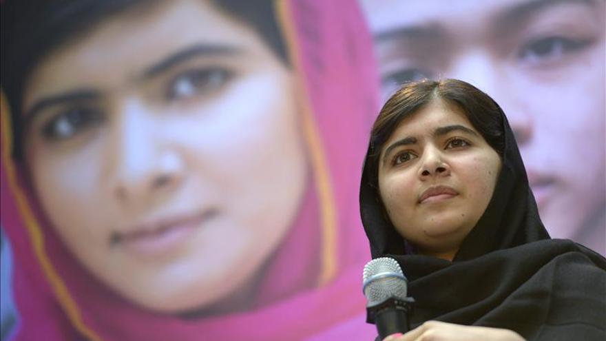 """Malala dice que para acabar con la guerra se necesitan """"más profesores que soldados"""""""