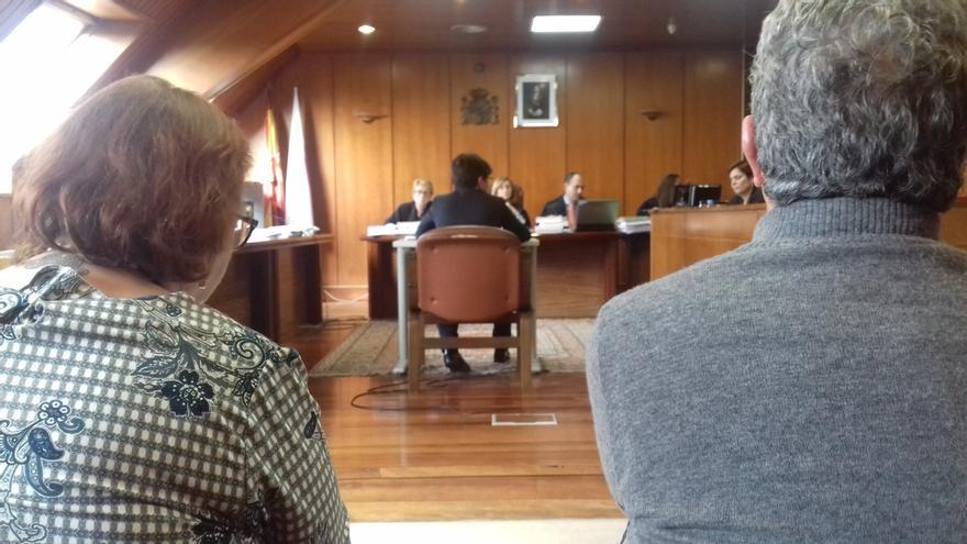 AMPL La secretaria de Dopico asegura que la exconcejala dio orden verbal de llamar a Trapur para desratizar