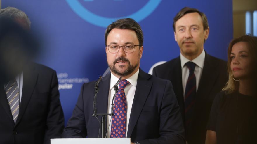 Asier Antona tras el acuerdo entre Nueva Canarias y el PP para aprobar los Presupuestos 2017