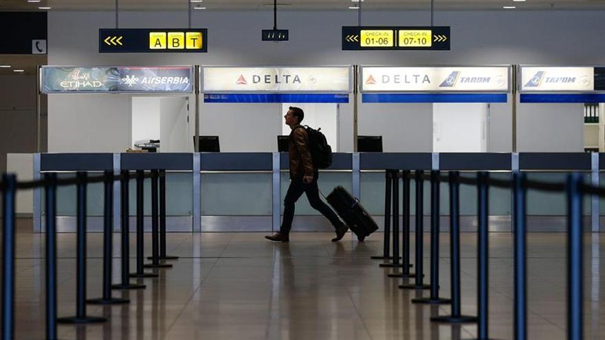 El aeropuerto de Bruselas reabre parcialmente su vestíbulo de salidas