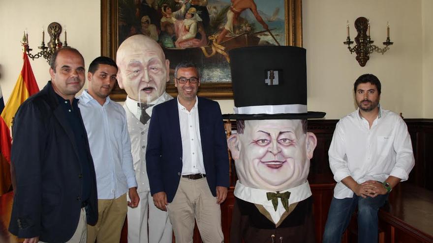 De izquierda a derecha, Manuel Poggio Capote, Raico Arrocha, Sergio Matos y Miguel Ángel Brito en la presentación de los dos nuevos mascarones.