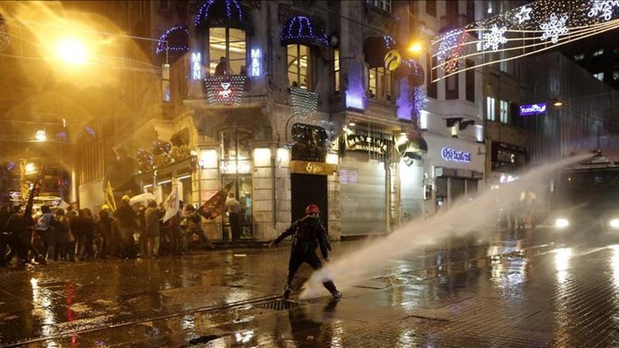 La fiscalía acusa a 36 personas de terrorismo por protestas de Estambul