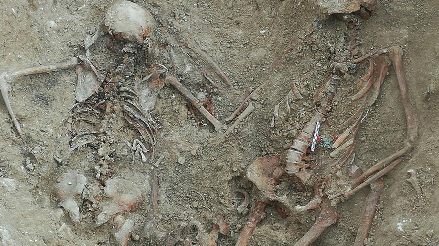 Imagen de la fosa de Porreres (Mallorca) exhumada por el Govern balear