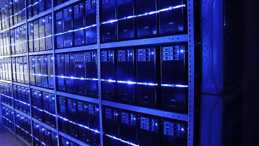 Los 'data centers' corporativos aún no se han sumado a la revolución del almacenamiento 'flash' por su coste