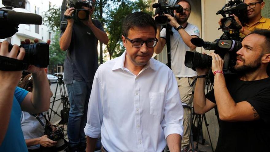 """El PSOE, tras la petición de abstención de González: """"Votaremos no a Rajoy"""""""
