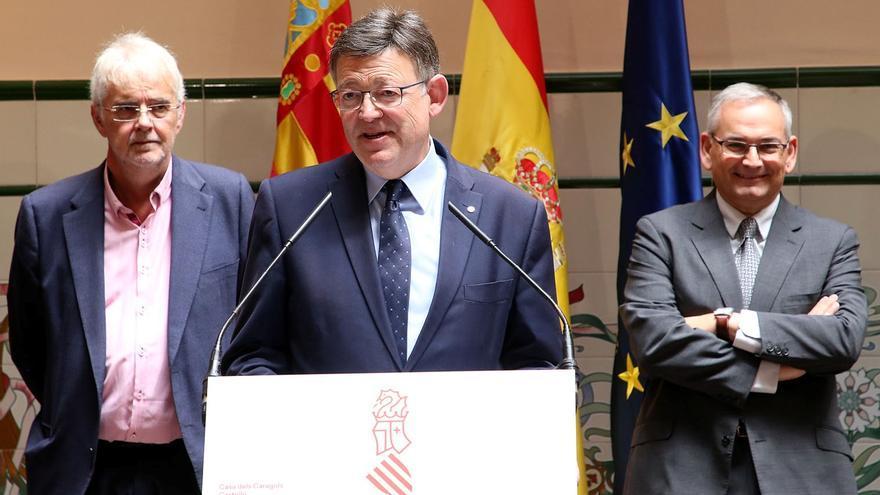 Ximo Puig, flanqueado por Francesc Signes y Josep Vicent Boira
