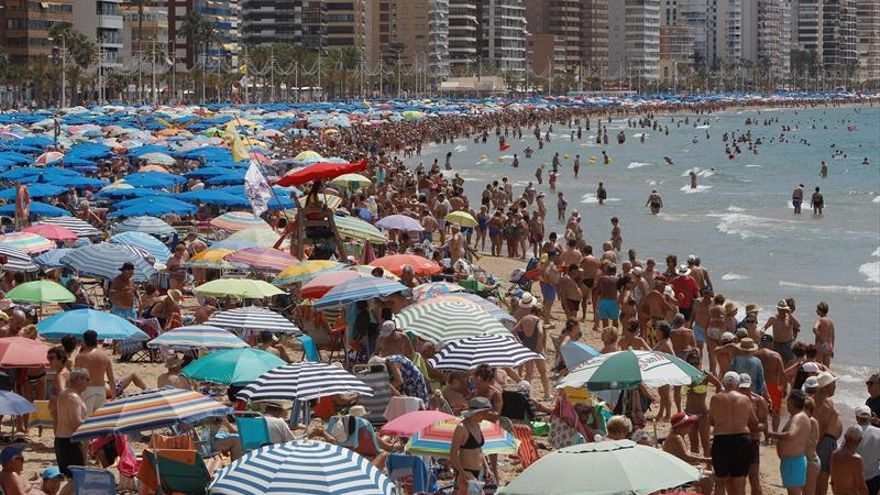 Playa de Benidorm en una foto de archivo.