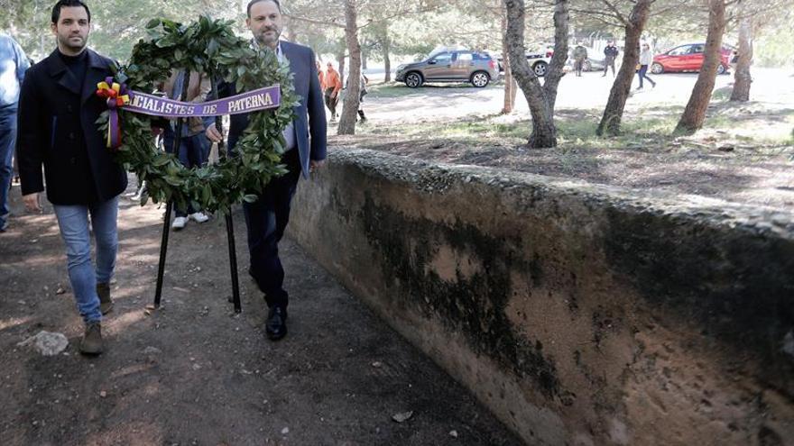 Ábalos lamenta el debate sobre los restos de Franco, impensable en otros países