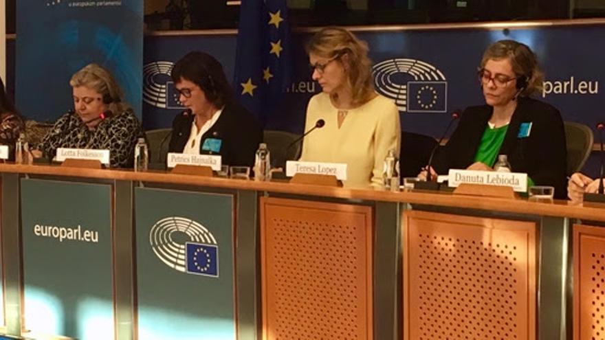 Teresa López, presidenta de Fademur, en el Parlamento Europeo