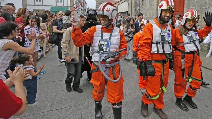 Los personajes de Star Wars vuelven a tomar Compostela