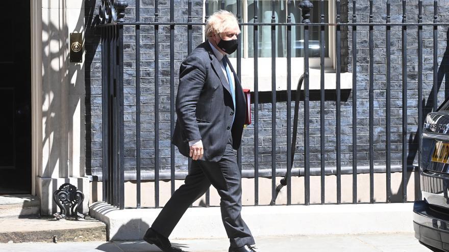 Activistas y oposición piden a Johnson más garantías para los comunitarios