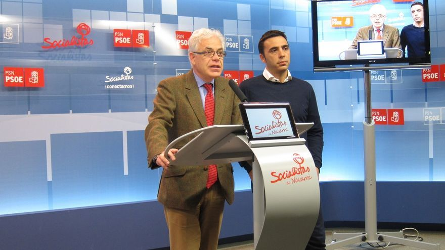 """Fernández (PSN) critica que el PP es una """"máquina de generar precariedad"""" y apuesta por crear empleo con """"derechos"""""""