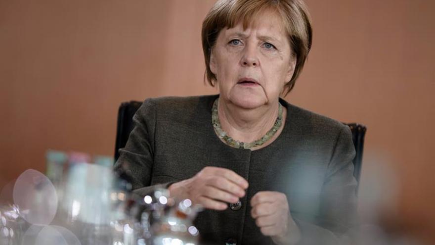 """Merkel rechaza las """"amenazas"""" de Trump a Pyongyang y la opción militar"""